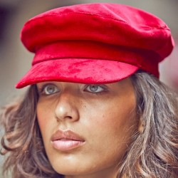 Otto Woman Cap by Raceu Atelier