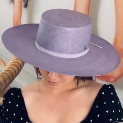 Sombrero Mujer en color Lavanda Estilo Canotier Panamá - Ala ancha