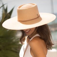 Sombrero Amplio de Mujer en color Arena