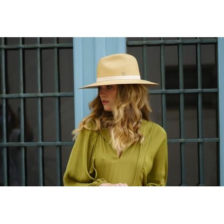 Sombrero Panamá Paros en color Miel - Sombreros Panamá Clásicos